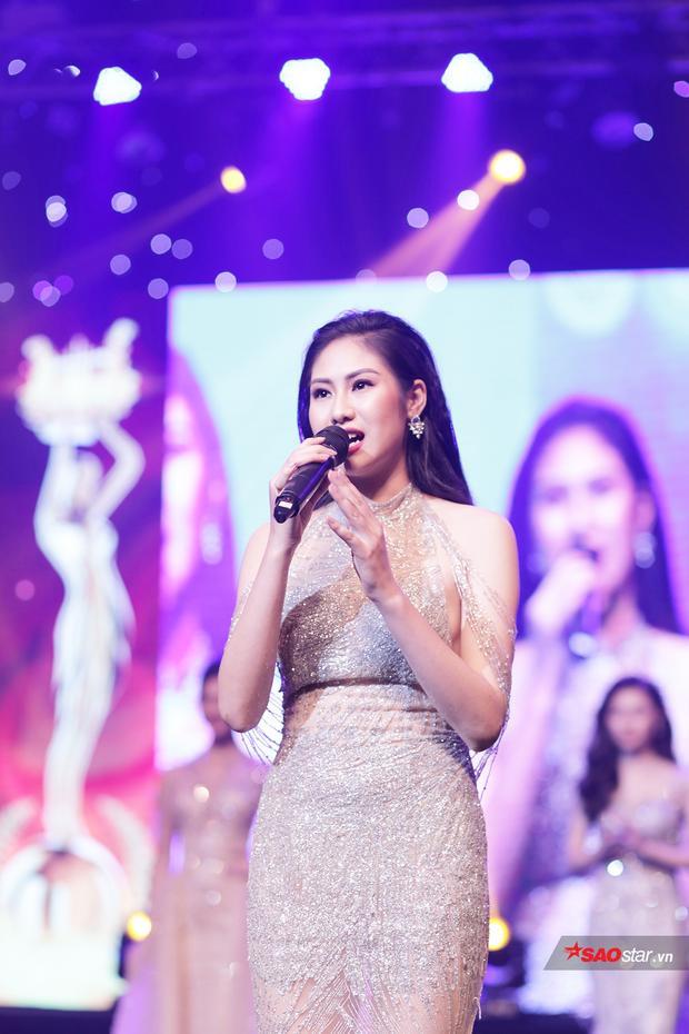 Nguyễn Kiều Anh tự tin trả lời câu hỏi ứng xử về sự phát triển của nền âm nhạc Việt Nam