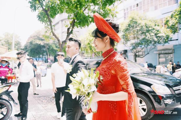 Diệp Lâm Anh và ông xã có mặt tại nhà trai để làm lễ.