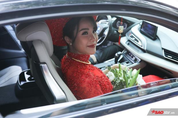Cô dâu Diệp Lâm Anh cực xinh đẹp, rạng rỡ.