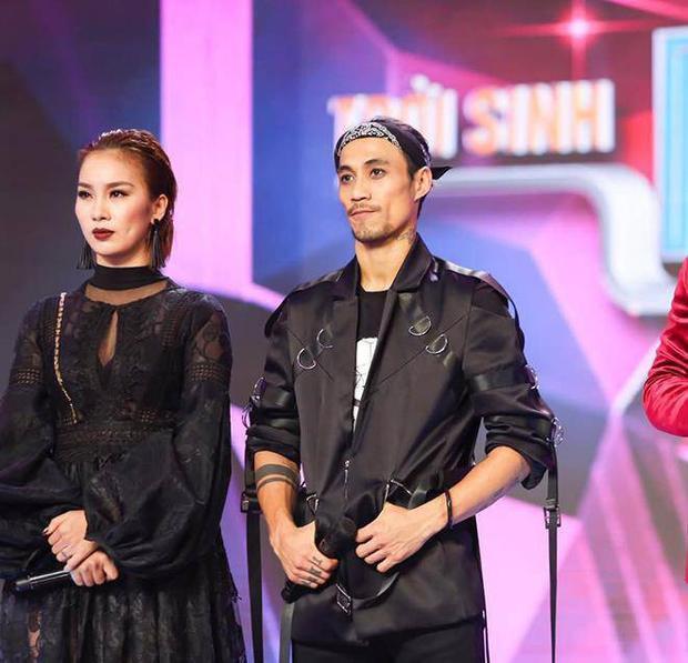 Phạm Lịch là nghệ sĩ có tiếng trong giới vũ công nhưng xa lạ với số đông khán giả, trong khi Phạm Anh Khoa là rocker đình đám lâu năm tại V-biz.