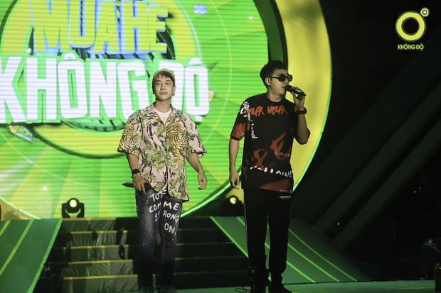 Only C - Lou Hoàng khuấy động với những phần biểu diễn solo lẫn kết hợp.