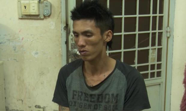 Đối tượng Nguyễn Thanh Tuấn tại cơ quan công an. Ảnh báo Công an.