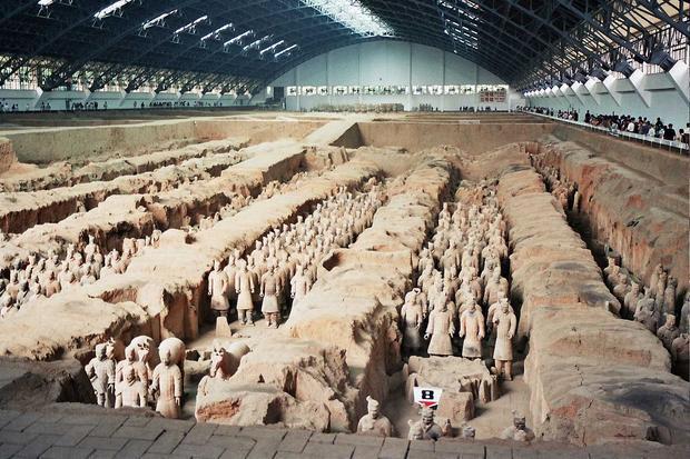 Đội quân đất nung nổi tiếng dưới thời Tần Thủy Hoàng. Ảnh: Wikipedia