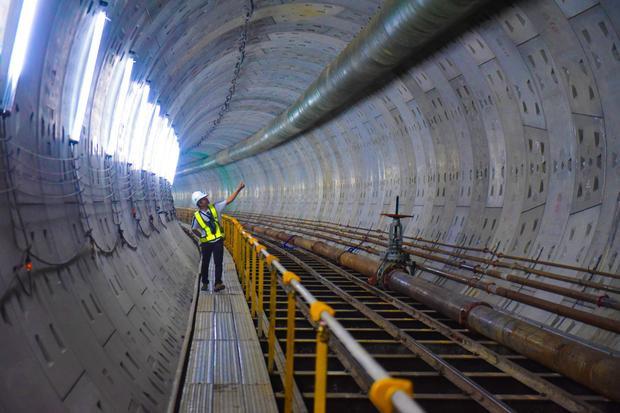 Hầm thứ 2 bắt đầu từ ga Ba Son tới nhà hát Thành phố dài 781m, tổng thầu Shimizu Maeda đã hoàn thành được 470/781m. Siêu robot BTM đã khoan tới vị trí dưới ngã tư Nguyễn Siêu - Hai Bà Trưng, Q.1.