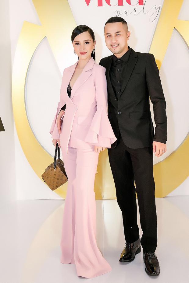 Hot girl Trang Pilla và Thế Bảo kết hôn vào tháng 9 năm 2017.