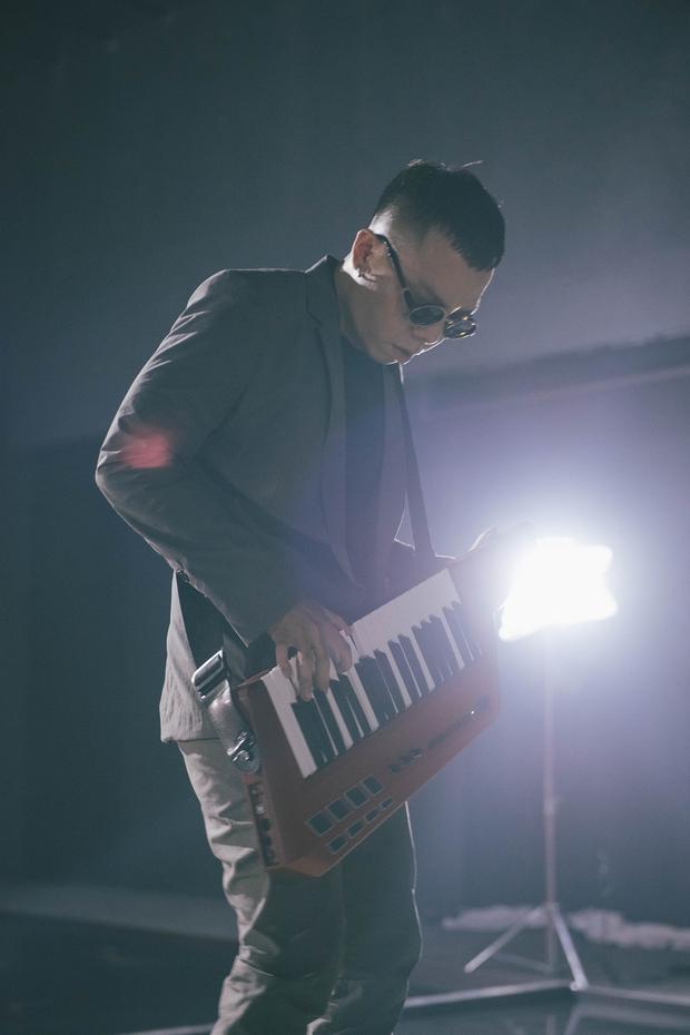 Team làm nhạc chất nhất Việt Nam SpaceSpeakers chính thức quay lại showbiz vào tháng 5!