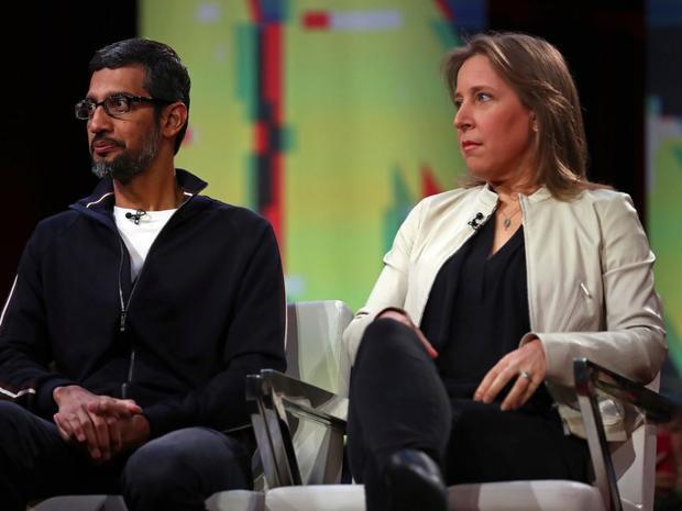 Susan Wojcicki là giám đốc điều hành YouTube. Bà được biết đến là một trong những người bận rộn nhất tại Google. Wojcicki thường xuất hiện với phong cách đơn giản.