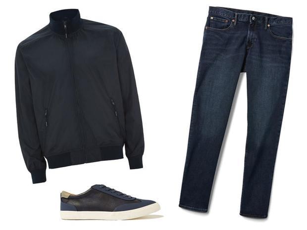 Áo Topman navy track jacket 75 USD, giày Topman Navy PU Swiss retro 55 USD và quần jean Gap 56 USD. Tổng cộng 186 USD.
