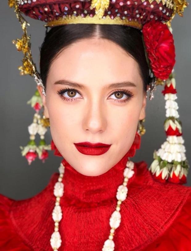 Người dân Thái Lan đang rất mong chờ hình ảnh của Mareeya tại Cannes 2018.
