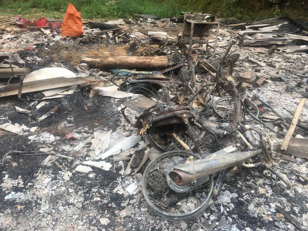 Căn nhà bị đốt trụi sau khi kẻ thủ ác giết 4 mạng người