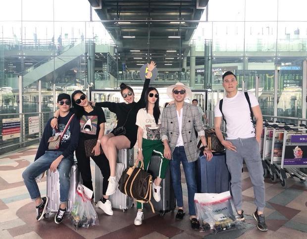 """Á hậu biển xuất hiện trong """"hội bạn thân nhà giàu"""" gồm có các nhân vật đình đám như Hoàng Ku, Jolie Nguyễn…"""