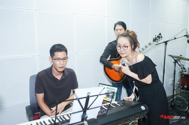 Đặc biệt, phần thi của Sa Huỳnh sẽ có sự tham gia của một nam ca sĩ đến từ Hà Nội.