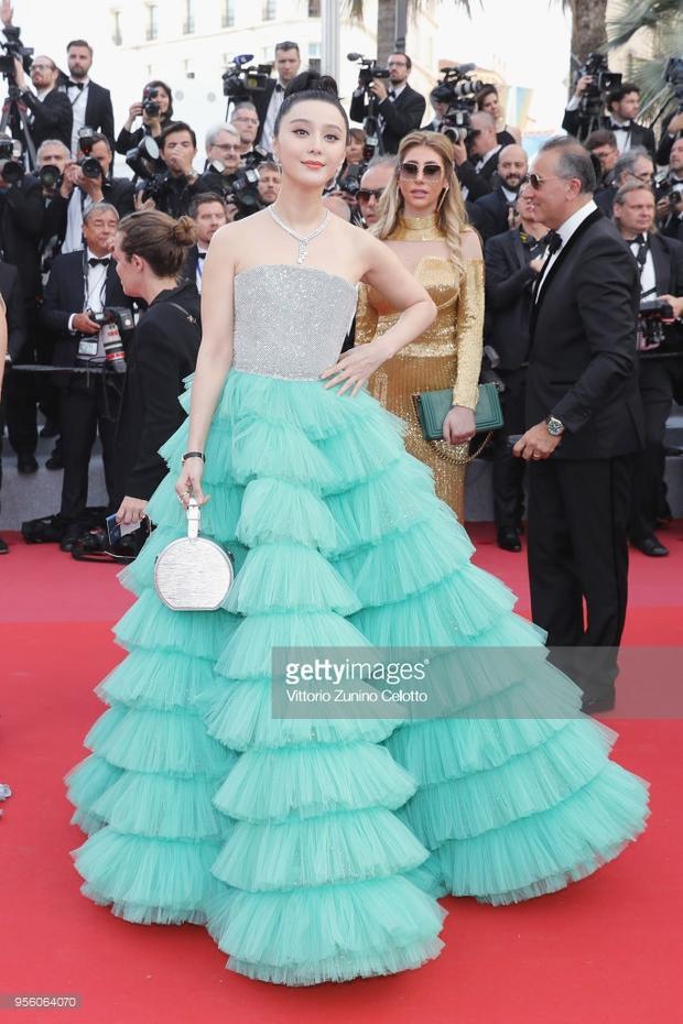 Nữ ngôi sao nổi tiếng Phạm Băng Băng xinh như công chúa.