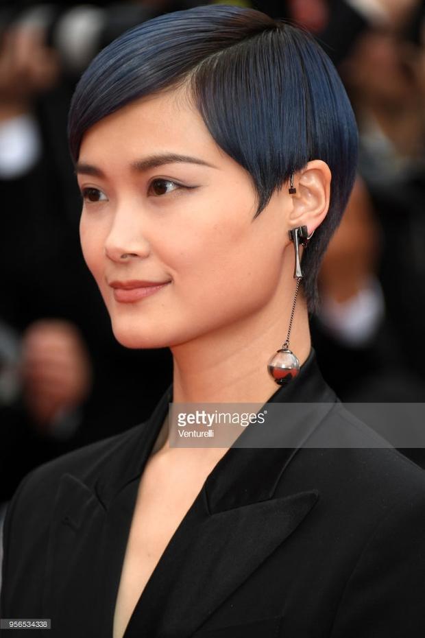 Ca sĩ, diễn viên người Trung Quốc - Lý Xuân Vũ tiếp tục xuất hiện trong ngày thứ hai của sự kiện.