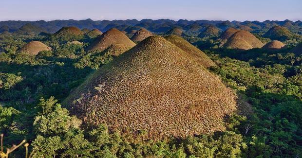 Có rất nhiều truyền thuyết xoay quanh những ngọn đồi này.