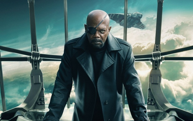 Nick Fury và cuộc gọi cầu cứu Captain Marvel có vai trò gì đối với Avengers 4?
