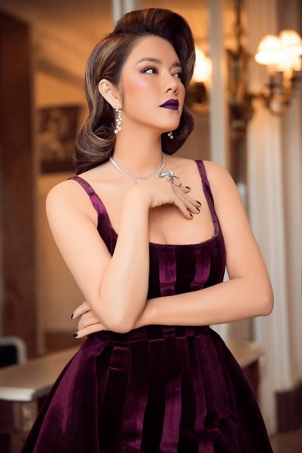 Bộ trang sức kim cương sang trọng và độc đáo của nhãn hàng Paolo Piovan thật sự giúp Lý Nhã Kỳ trở thành tâm điểm trong ngày thứ 3 của thảm đỏ Cannes.