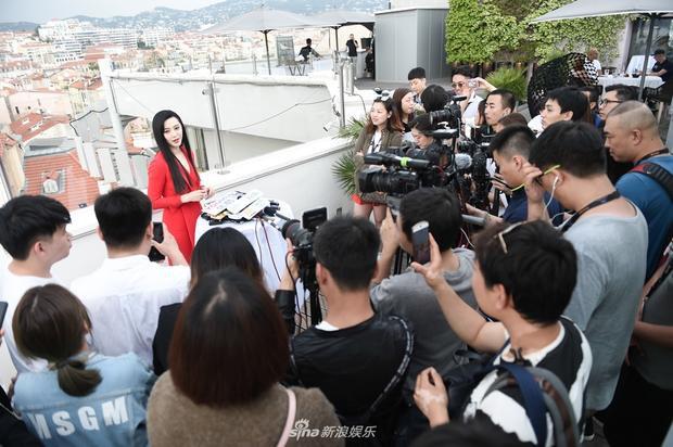 Không chỉ xinh đẹp, Phạm Băng Băng còn gây sốt với bài phỏng vấn thông minh tại Cannes 2018