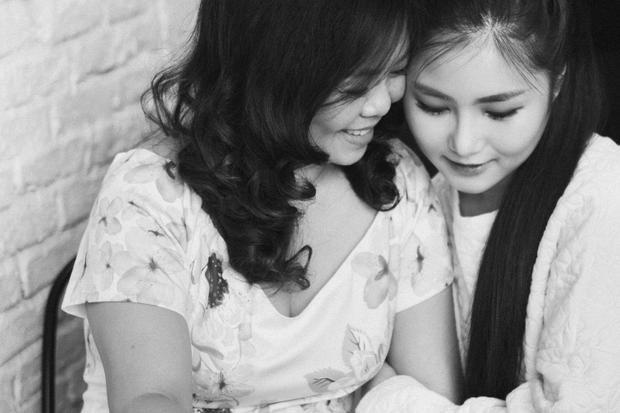 Ngày của mẹ: Cùng ngồi xuống, lắng lại và nghe những khúc ca mẫu tử từ sao Việt