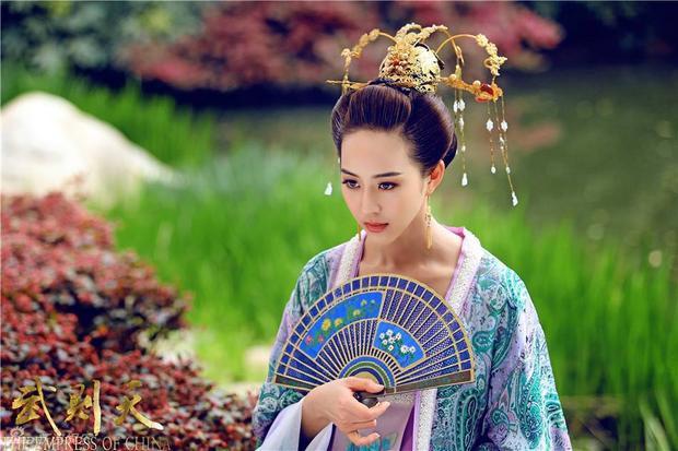 """Trong """"Võ Mỵ Nương truyền kỳ"""", cô vào vai Từ Huệ - một cô gái xinh đẹp dịu dàng nhưng lòng đầy tâm cơ."""