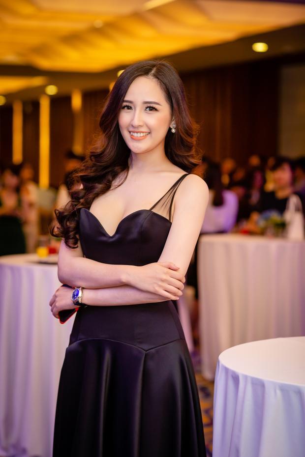 """Với tần suất mua sắm và chịu chi, Mai Phương Thúy cũng được mệnh danh là """"yêu nữ hàng hiệu"""" của showbiz Việt bởi cô sở hữu hàng loạt những món đồ đắt giá."""