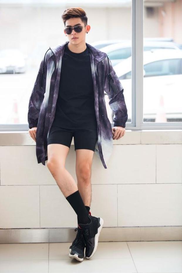 Trần Minh Trung từng đoạt giải Ngôi sao xì tin 2011 do báo Mực Tím tổ chức; quán quân Thần tượng Thời Trang - F- Idol 2012, giải bạc Siêu Mẫu Việt Nam 2013 (không có giải vàng dành cho nam). Mới đây nhất anh vừa lọt top 5Nam vương Quốc tế - Mister Inernational 2018.