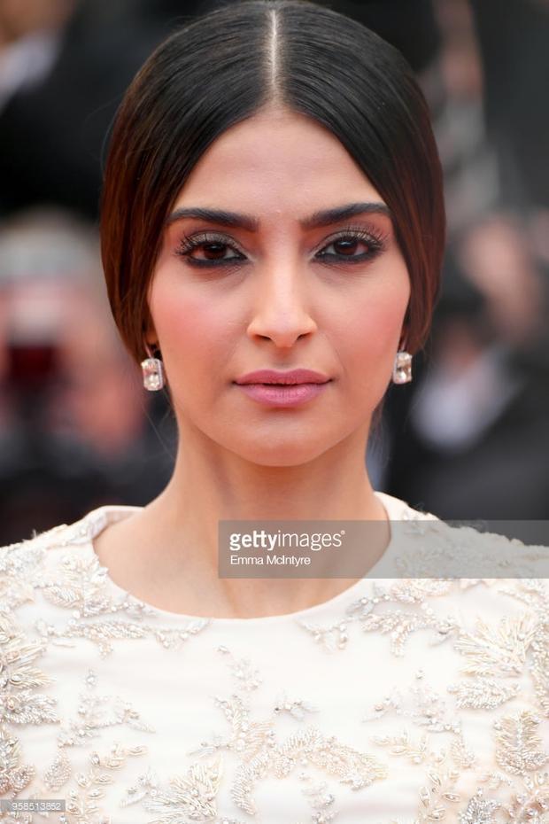 Nữ ngôi sao người Ấn Độ -Sonam Kapoor.