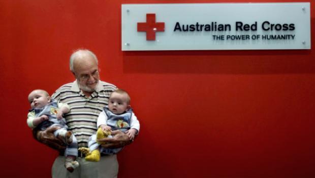 Ông James Harrison đã hiến máu tổng cộng 1.173 lần trong đời. Ảnh: Newsmax.com