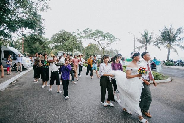 """Bộ ảnh """"chất đừng hỏi"""" của tập thể 12A7 trường THPT Tô Hiệu (Vĩnh Bảo, Hải Phòng)."""
