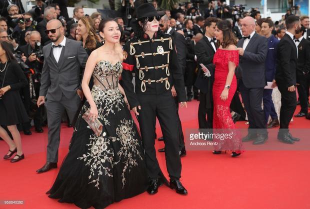 Michael Jackson, Chewbacca của Star Wars đại náo thảm đỏ Cannes ngày 8
