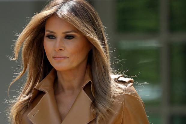 Bà Melania đang trên đường tới Vườn Hồng để phát biểu tại Nhà Trắng hôm 7/5/2018.