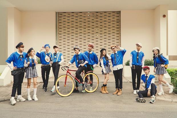 Góp mặt trong MV là những học trò cưng của ca nhạc sĩ Tăng Nhật Tuệ như ca sĩ Tino, Zero 9 và nhóm nhạc nữ Usagi.