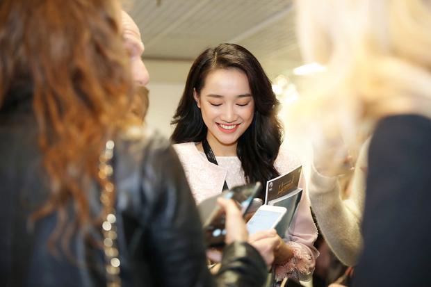 Lần đầu sản xuất phim, Nhã Phương được giới thiệu ở Thư viện chân dung tại LHP Cannes 2018