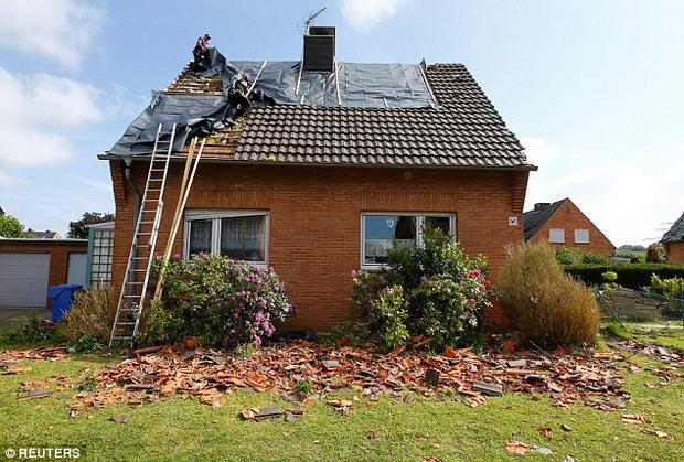 Trong năm nay, nước Đức đã xảy ra 6 trận lốc xoáy. Thông thường, tại Đức, lốc xoáy sẽ xảy ra vào khoảng từ tháng 5 đến tháng 9.