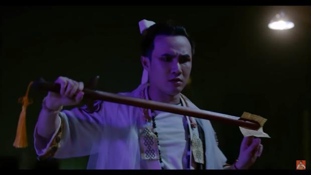 Tập 1 'Ai chết giơ tay' mở màn hoành tráng với nhiều pha bắt ma nghẹt thở