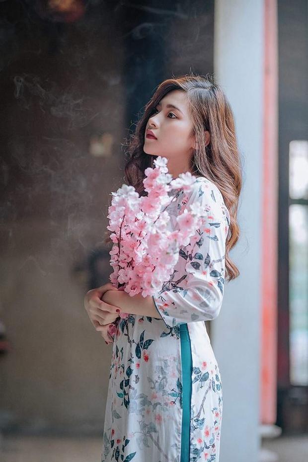 Có ai yêu quý cô gái tài năng lại giỏi giang bếp núc như Tuyền không?