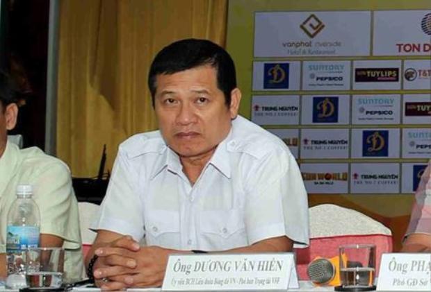 Phó Ban trọng tài Dương Văn Hiền.