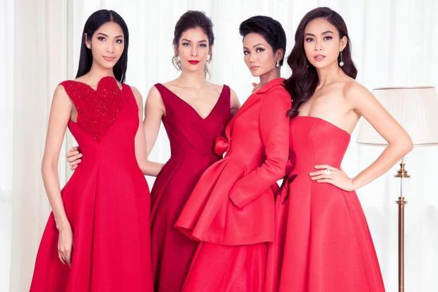 """Cùng """"đọ sắc"""" trong những thiết kế đỏ rực, các người đẹp nước ta quả chẳng kém cạnh với nhan sắc nước bạn."""