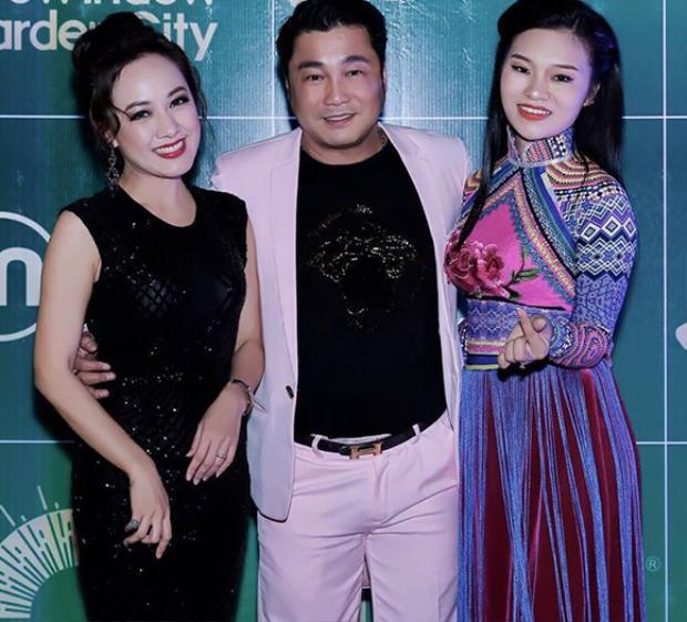 """BTV Hoài Anh hội ngộ Lý Hùng sau 15 năm đóng chung """"Đô la trắng""""."""