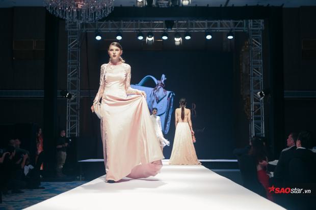 Các thiết kế váy dạ hội của Patrick Phạm hứa hẹn sẽ khiến không ít quý cô say lòng.