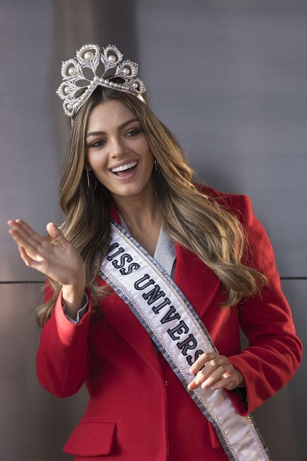 Đương kim Miss Universe - Hoa hậu hoàn vũ Demi-Leigh Nel-Peters người Nam Phi nhận được bình chọn cao nhất trong nhóm 5.