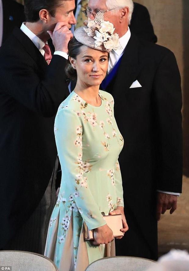 """""""Tình cũ"""" 7 năm của Hoàng tử Harry Pippa Middleton."""