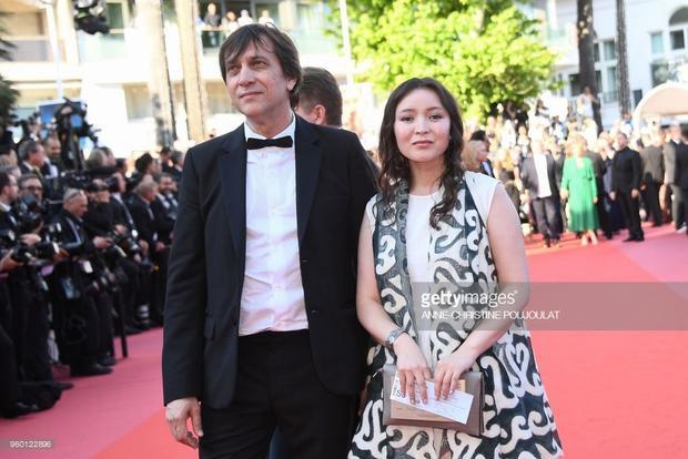 Đạo diễn Sergey Dvortsevoy và nữ diễn viên Samal Yeslyamova, ngườiKazakhstan (quốc gia Trung Á).