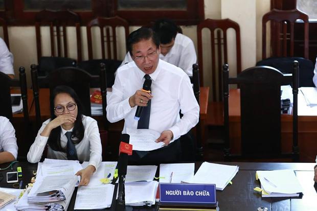 Luật sư Chiến cho rằng, việc những người liên quan, nhân chứng vắng mặt khiến luật sư không biết hỏi ai.