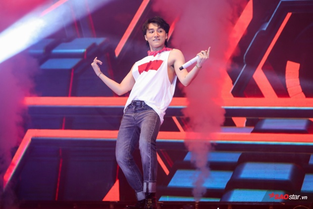 Ơn Giời, clip live đầu tiên của Chạy ngay đi từ Sơn Tùng M-TP đây rồi!