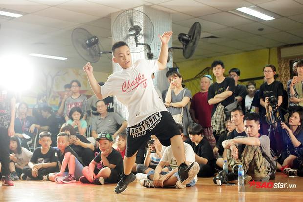 Nguyễn Đại Nghĩa - nhà vô địch Monstar Rock góp mặt tại giải đấu Hotstep và lọt vào Top 8 chung cuộc