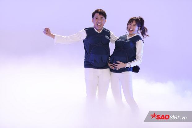 Trấn Thành - Hari Won sở hữu đầy đủ lợi thế khi là cặp vợ chồng duy nhất tại chương trình.