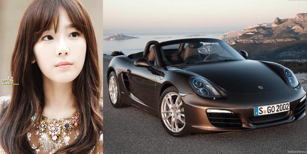 Taeyeon có một chiếc Sport Porsche Boxster với giá bán lẻ khoảng 63.000 USD.