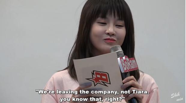 """Câu nói của Boram trong bữa tiệc sinh nhật diễn ra vào ngày 25/3/2017 - vài ngày sau khi MBK thông báo cô cùng Soyeon rời nhóm. """"Chúng tôi rời MBK, không phải T-ara, mọi người biết mà phải không?"""", chỉ nhiêu đây thôi cũng đủ để người hâm mộ vững tin chờ đợi T-ara tái hợp."""
