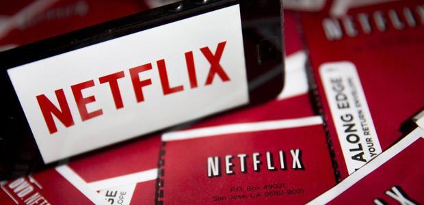 Netflix là một trong những dịch vụ streaming đầu tư mạnh tay cho các nội dung độc quyền. Netflix từng khẳng định 85% chi tiêu của dịch vụ này được dùng cho phát triển nội dung.